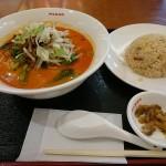 レイクタウンで横浜鳳凰楼の担々麺を食べるが、ドーナッツとコーヒーが食べたい