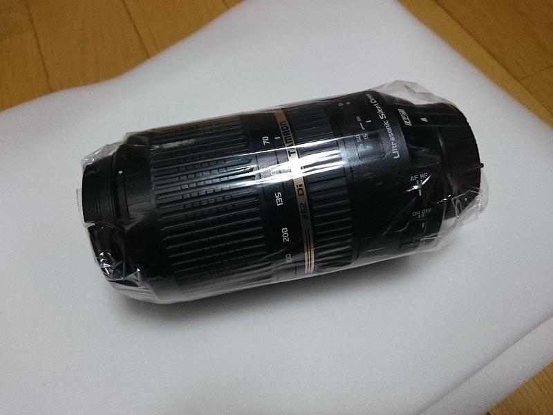 カメラ レンズ 梱包