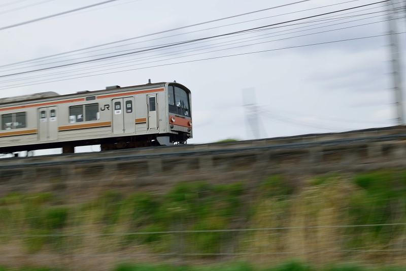 JR武蔵野線 走行中の列車
