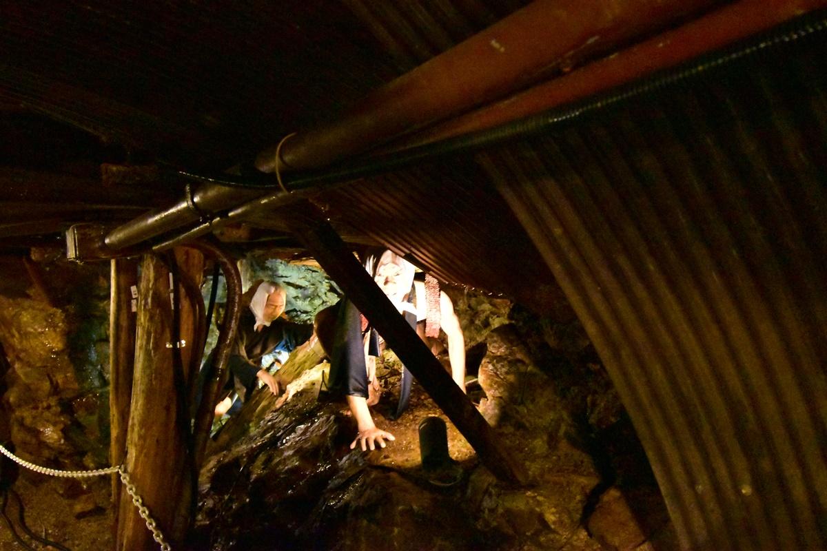 足尾銅山観光 銅山坑道を見学