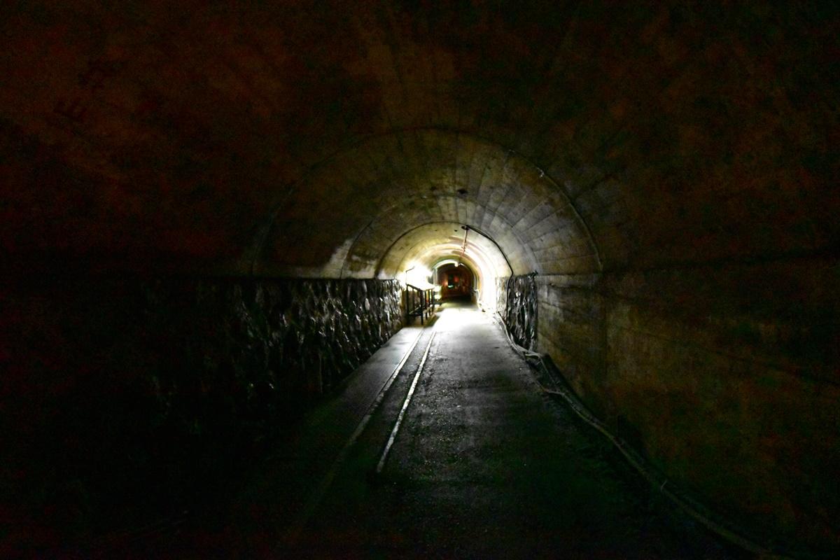 足尾銅山観光 出口のトンネル