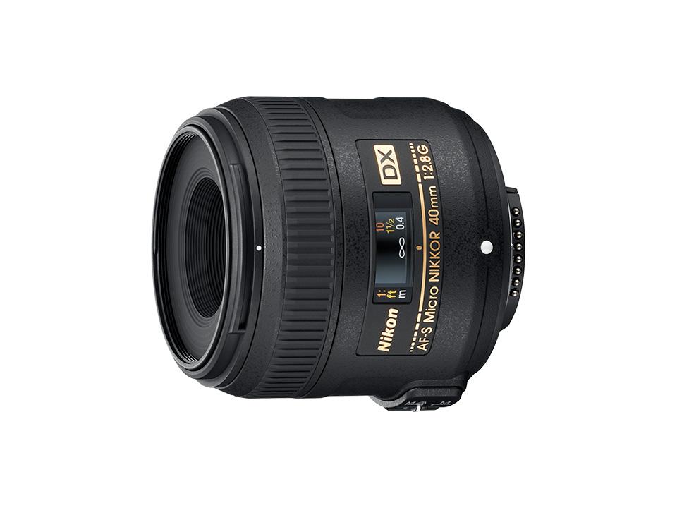 AF-S DX Micro NIKKOR 40mm f/2.8G AF-S DX Micro NIKKOR 40mm f/2.8G