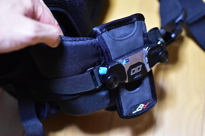 Lowepro インバース 200AW キャプチャーカメラクリップ 取り付け