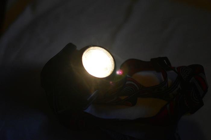 豆電球 アウトドア用ヘッドライト
