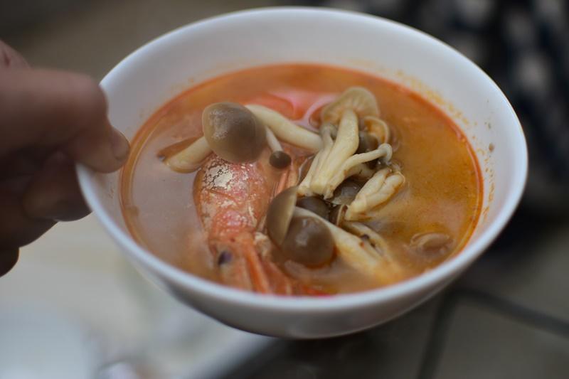 アライド タイの台所 トムヤムクンセットを食べる