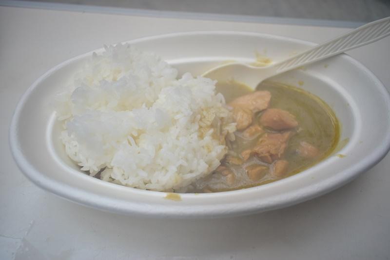 レトルトご飯と缶詰タイカレーのコラボレーション