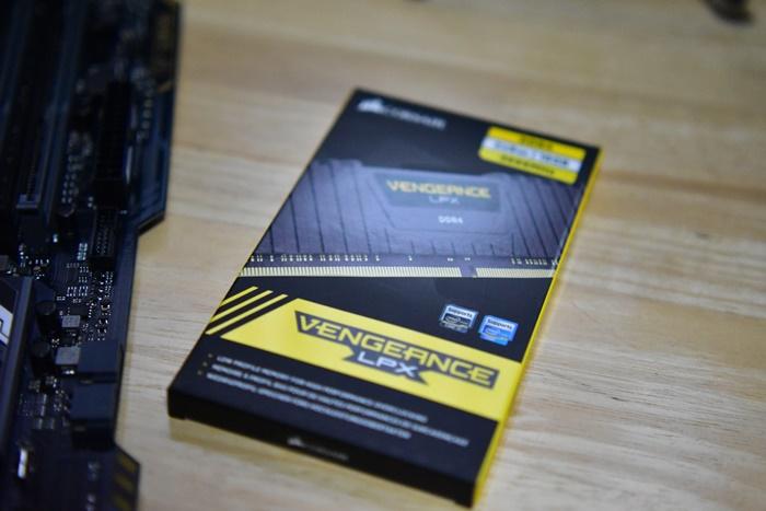 CORSAIR DDR4-2666MHz デスクトップPC用 メモリモジュール VENGEANCE LPX Series 8GB×2枚キット